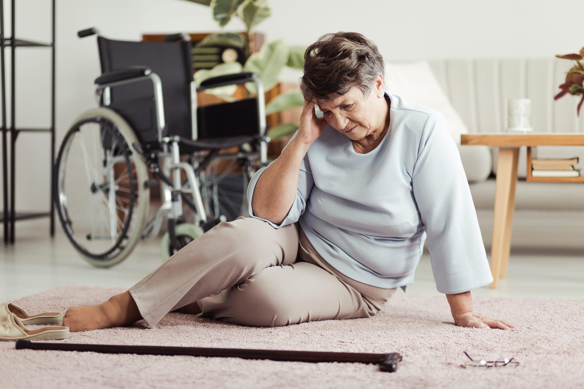 Principais causas de quedas de idosos - Blog Morada do Sol
